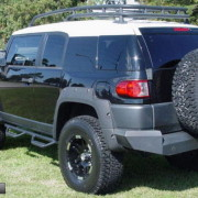 FJ Cruiser Nerf Bars